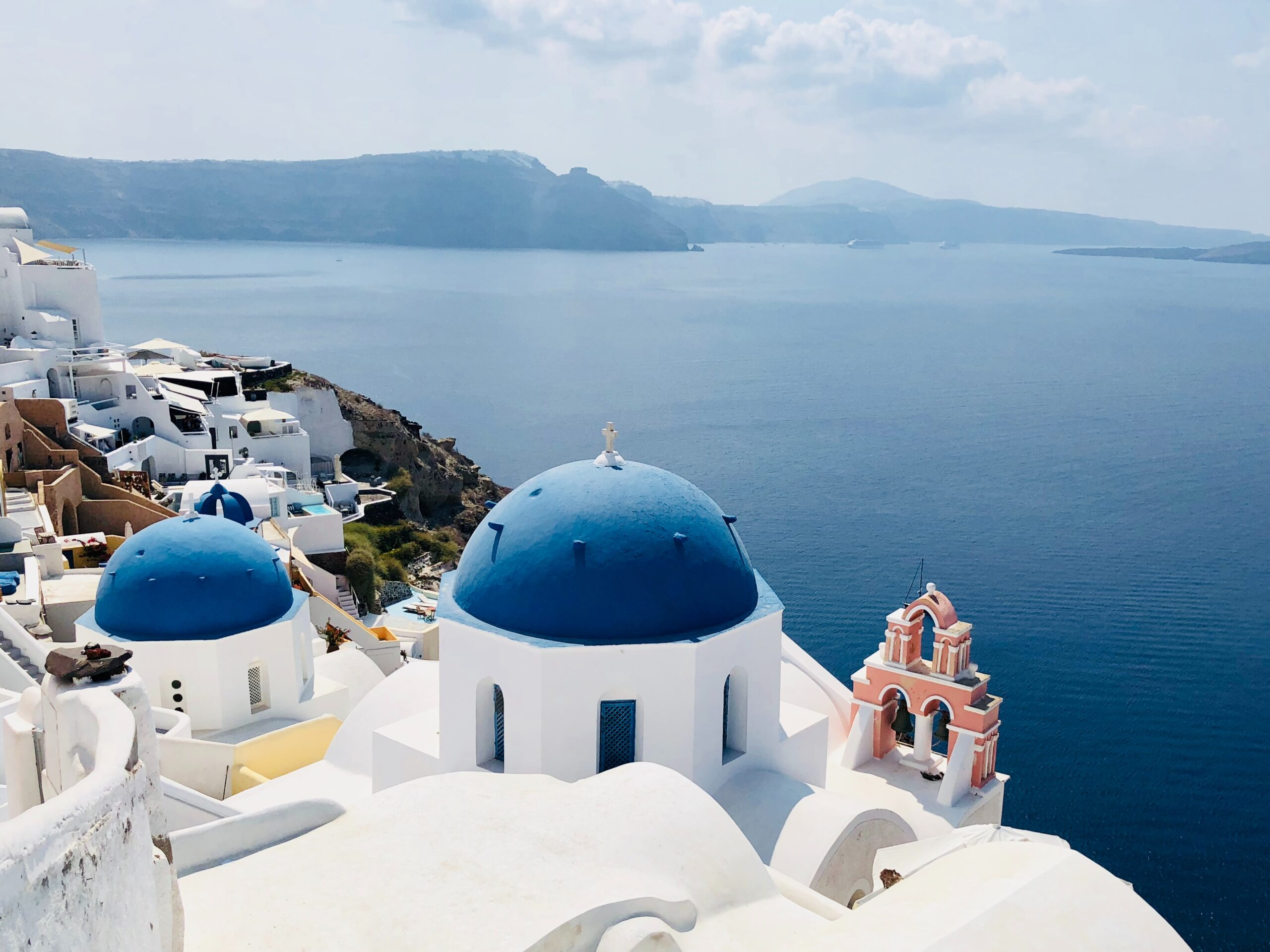 4 + 1 Beautiful Villages In Santorini That Should Be On Your Bucket List